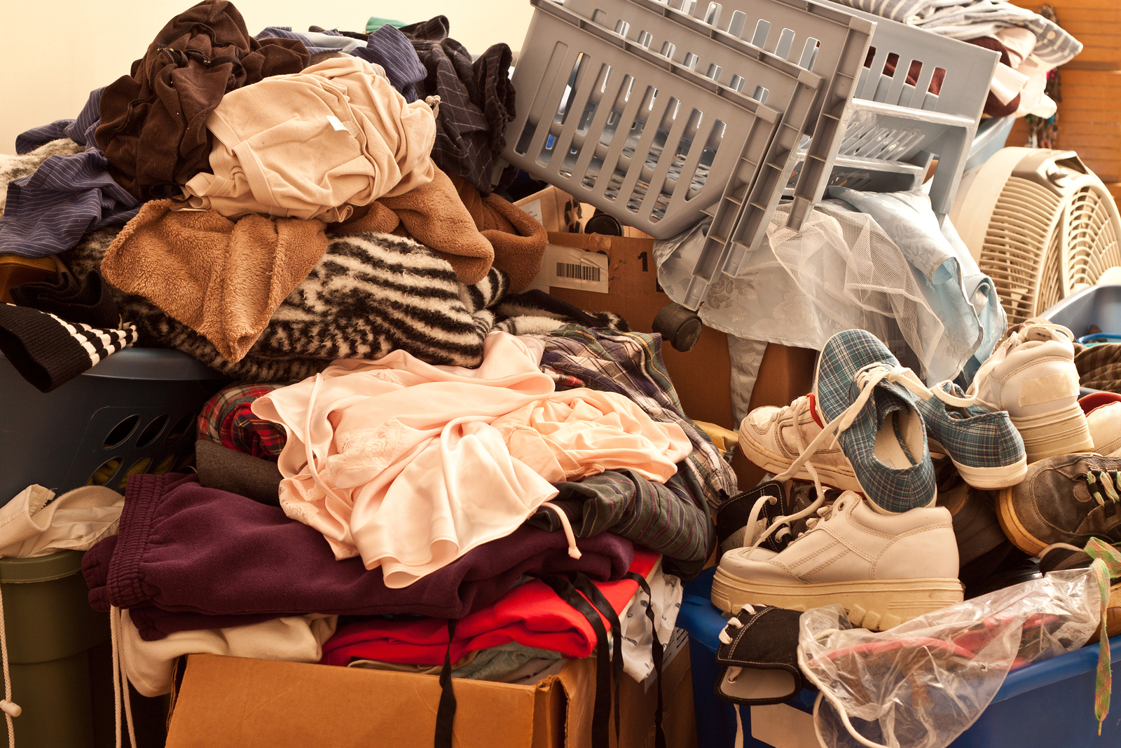 the psychology behind hoarding | psychology today