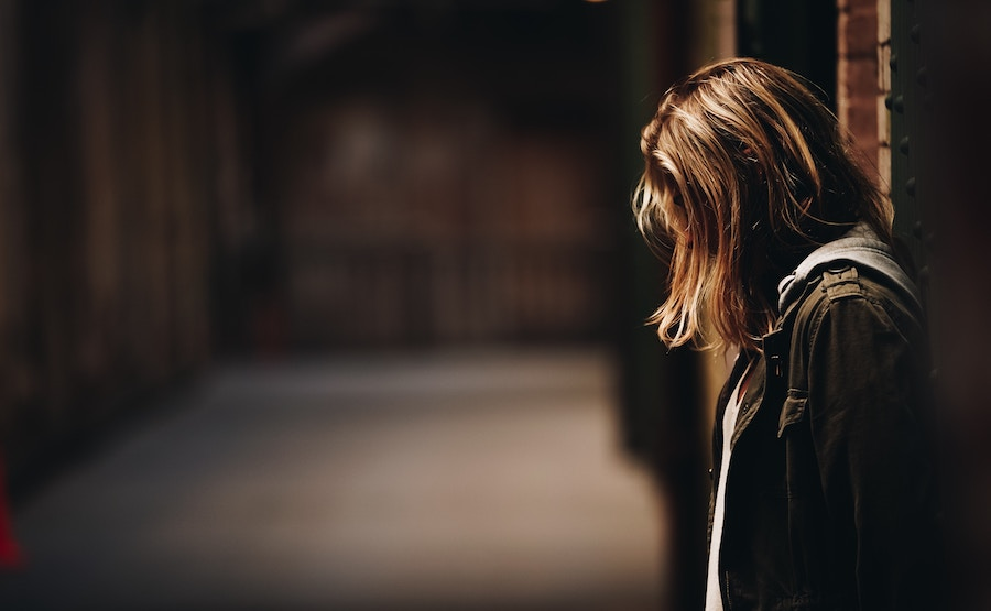 23a2b8fbd 15 Signs of an Anxious Introvert | Psychology Today