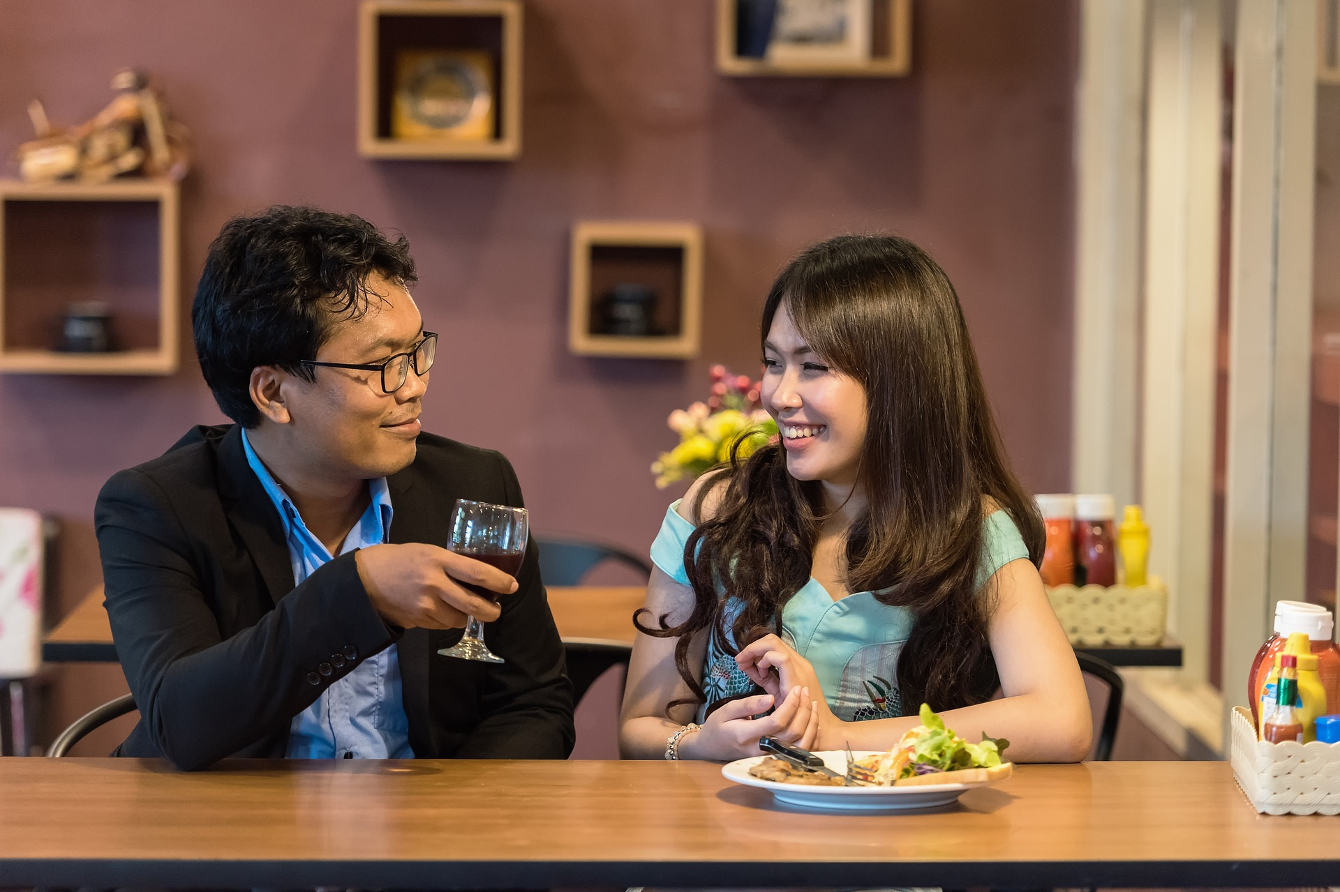 lets do lunch dating service