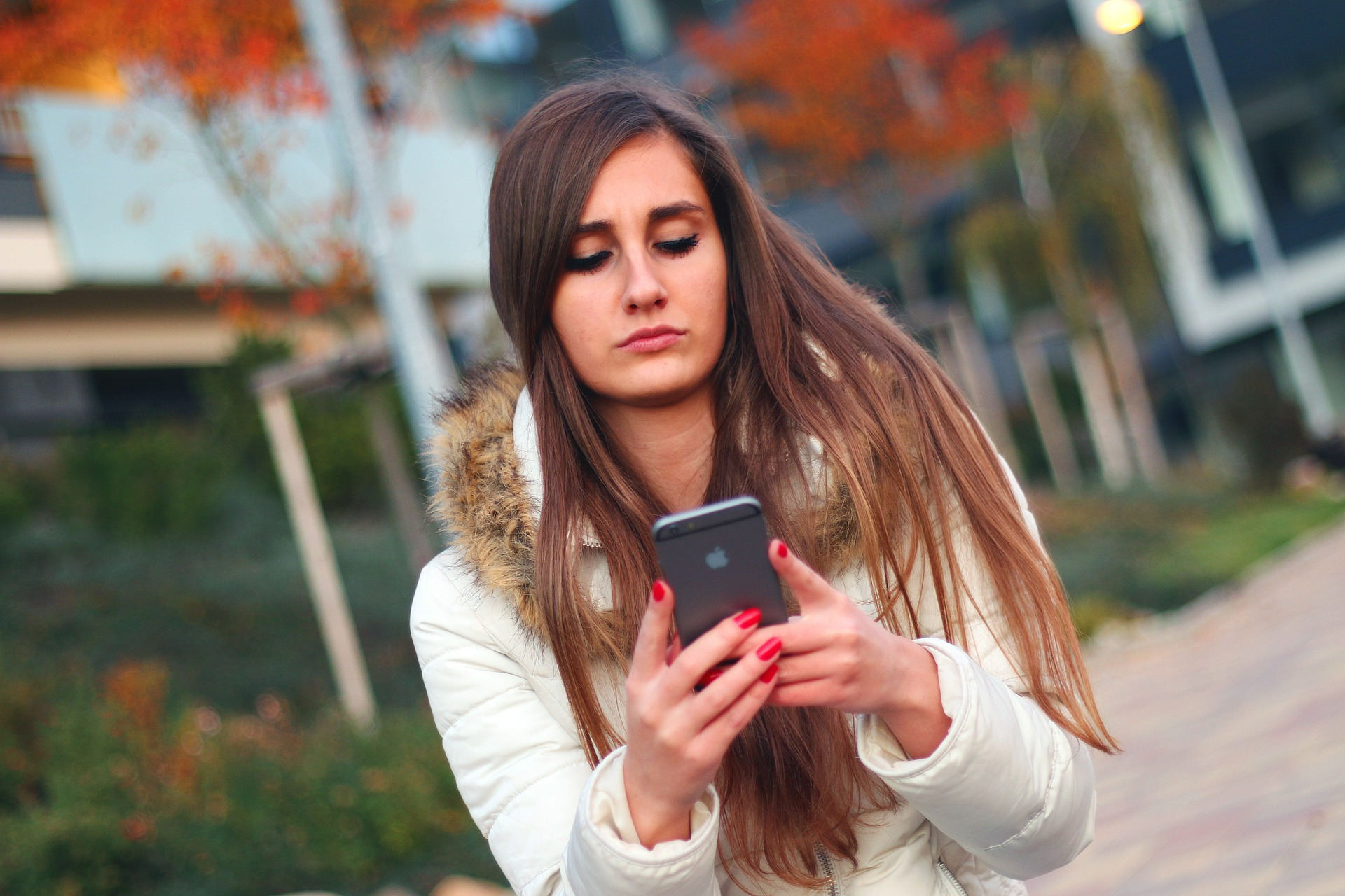 How Texting Can Facilitate Infidelity—And How to Prevent It