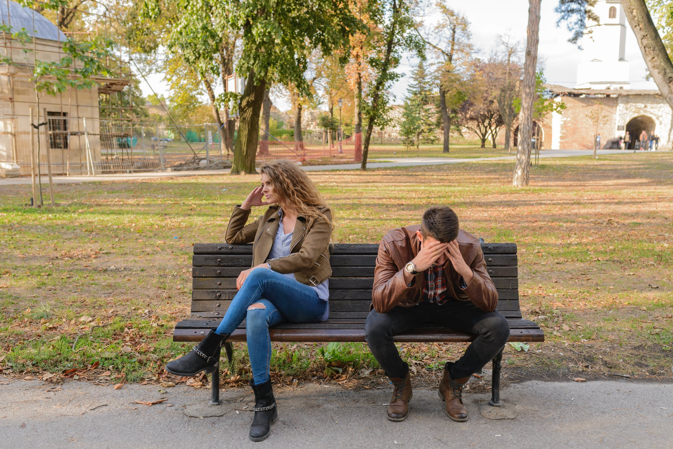 How to save a relationship after lying