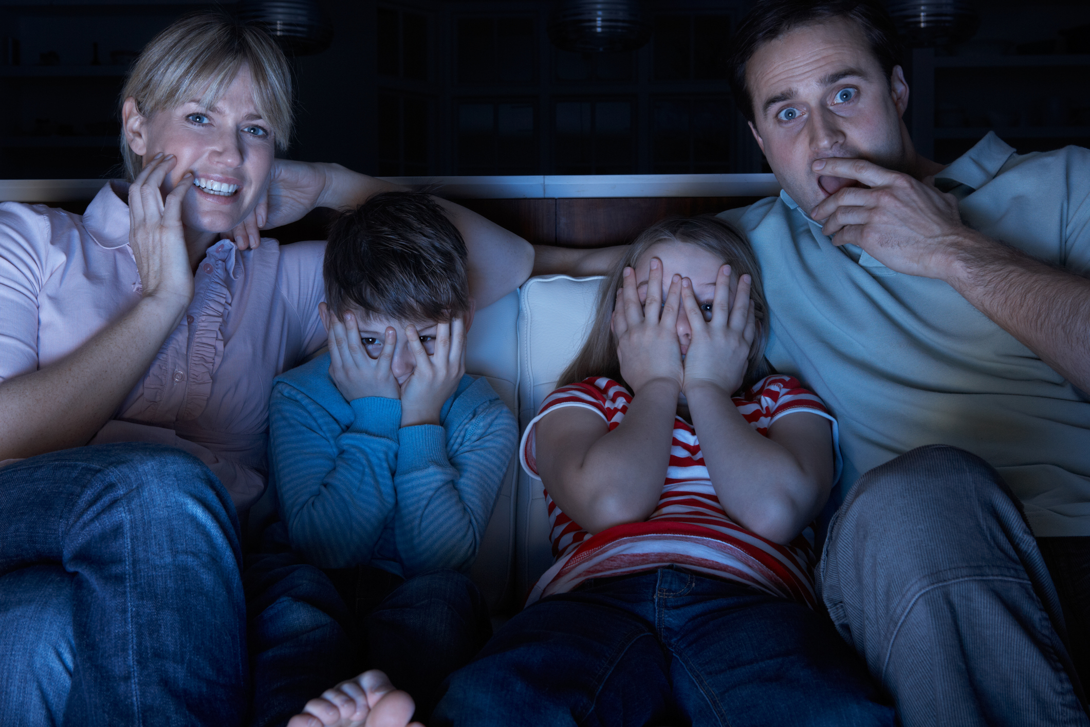 Should You Let Your Kid Watch Scary Movies? | Psychology Today