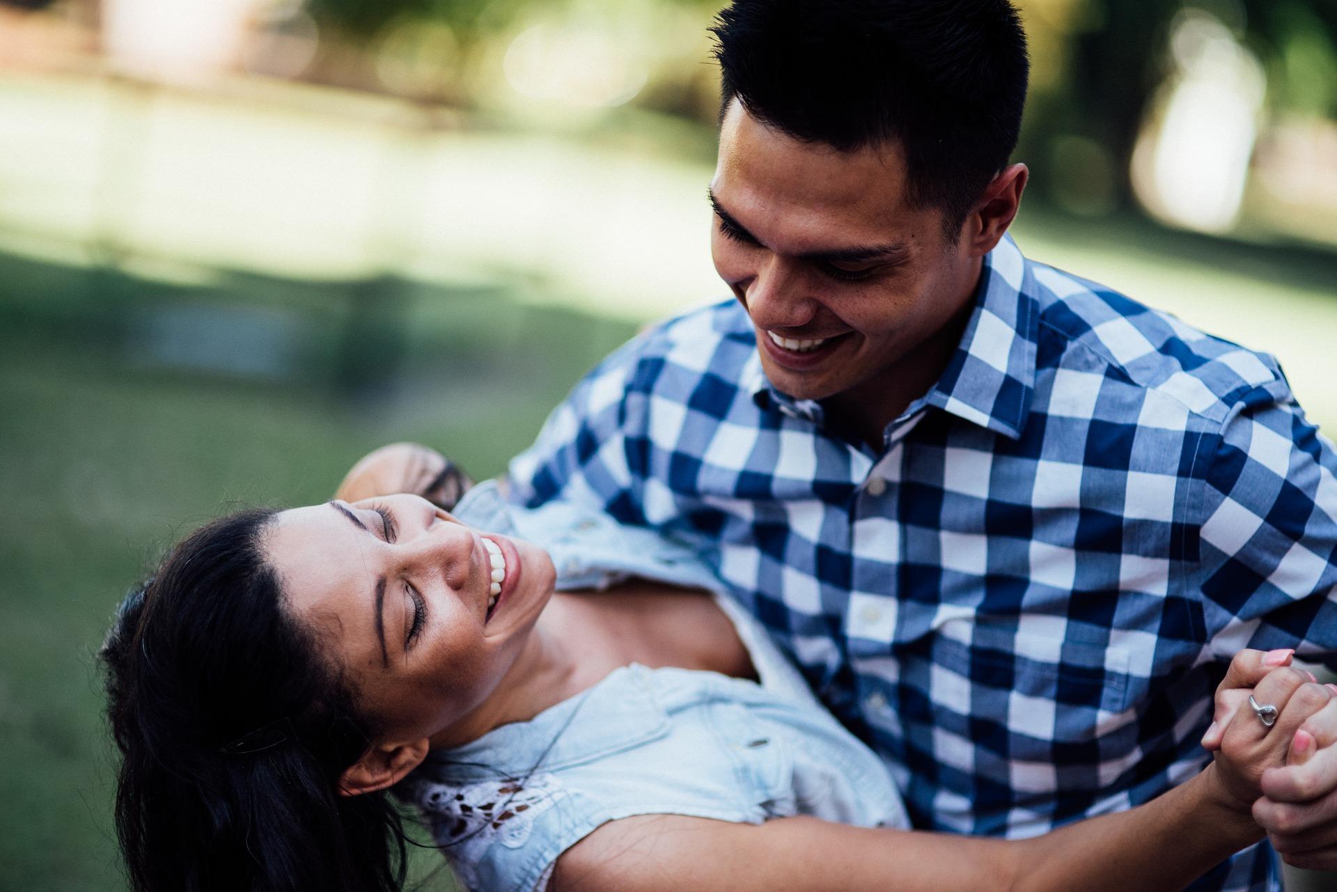 Online Dating in Ennis - Dating Site for Sociable Singles in