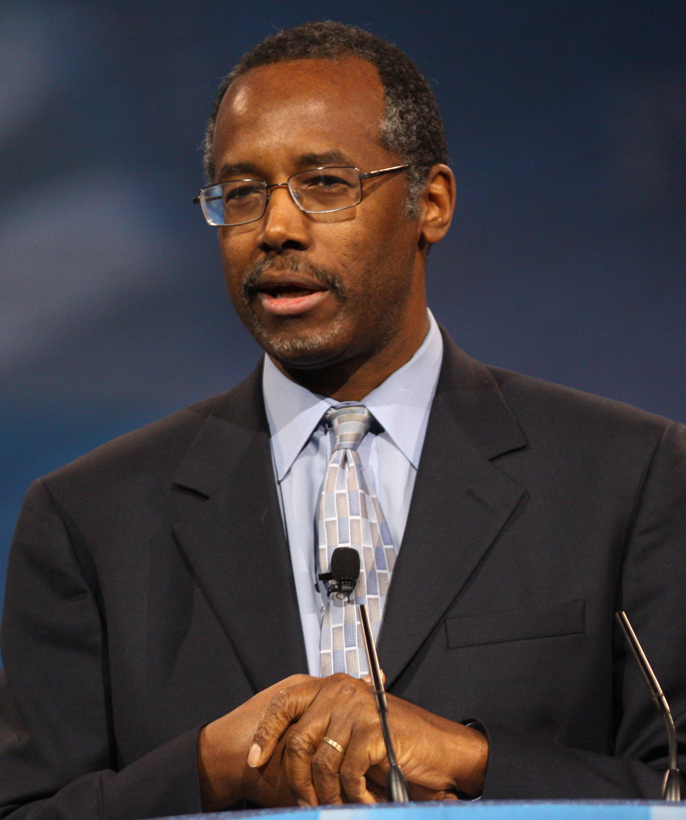 Help writing a research paper introduction paragraph on ben carson.?