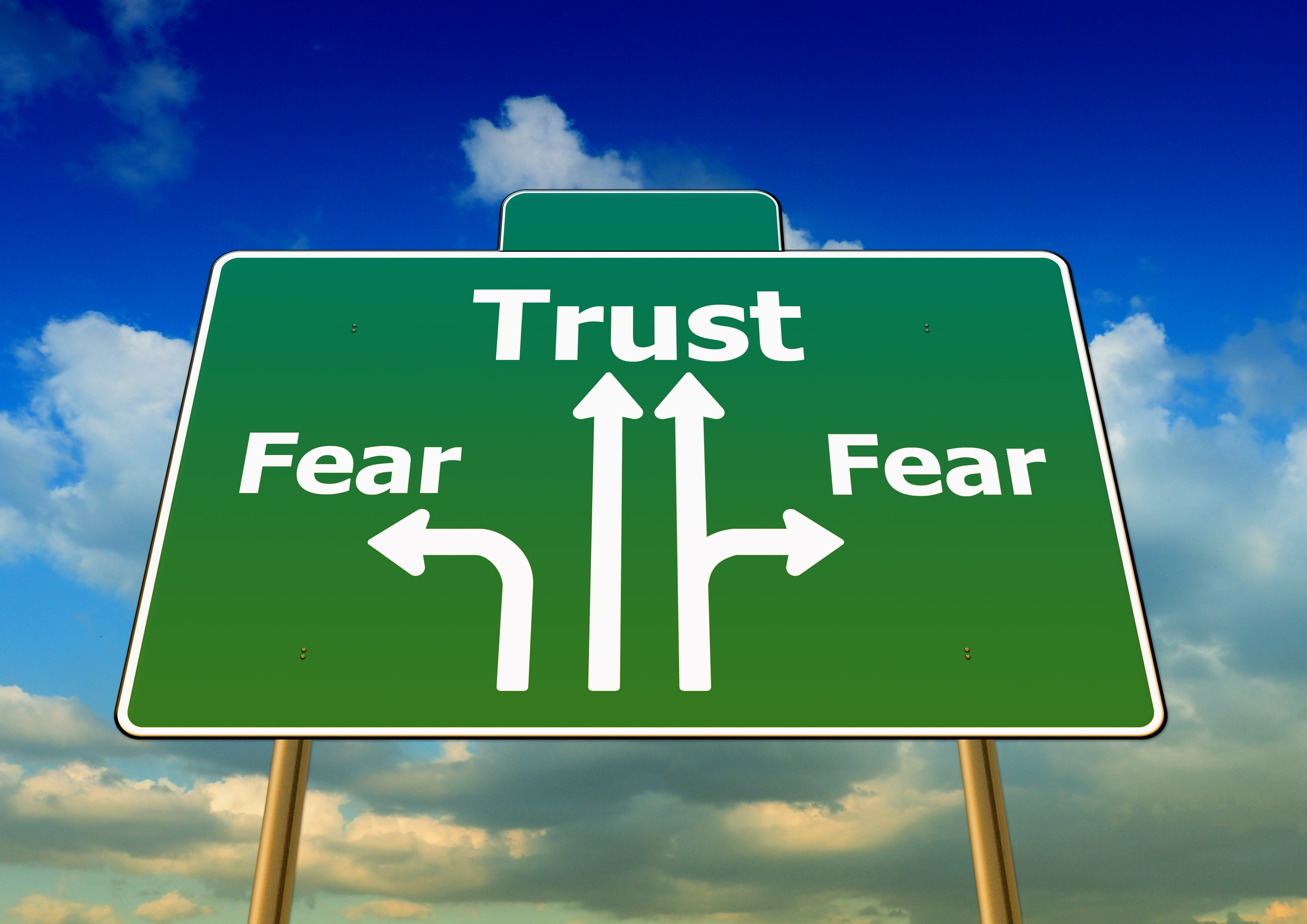 5 signs that you allow fear to control your life