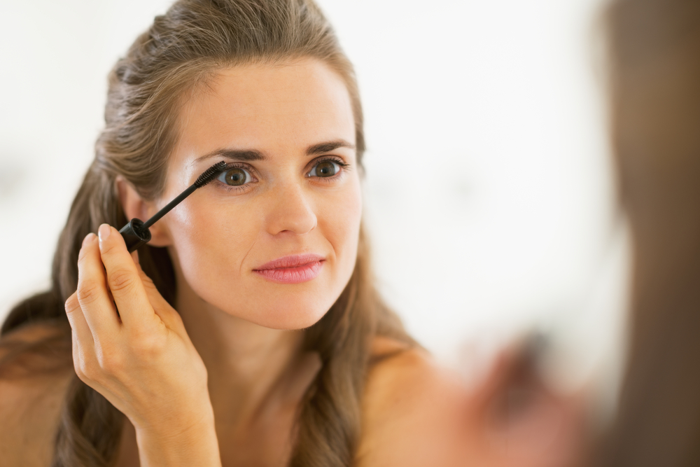 5 Research Backed Reasons We Wear Makeup Psychology Today