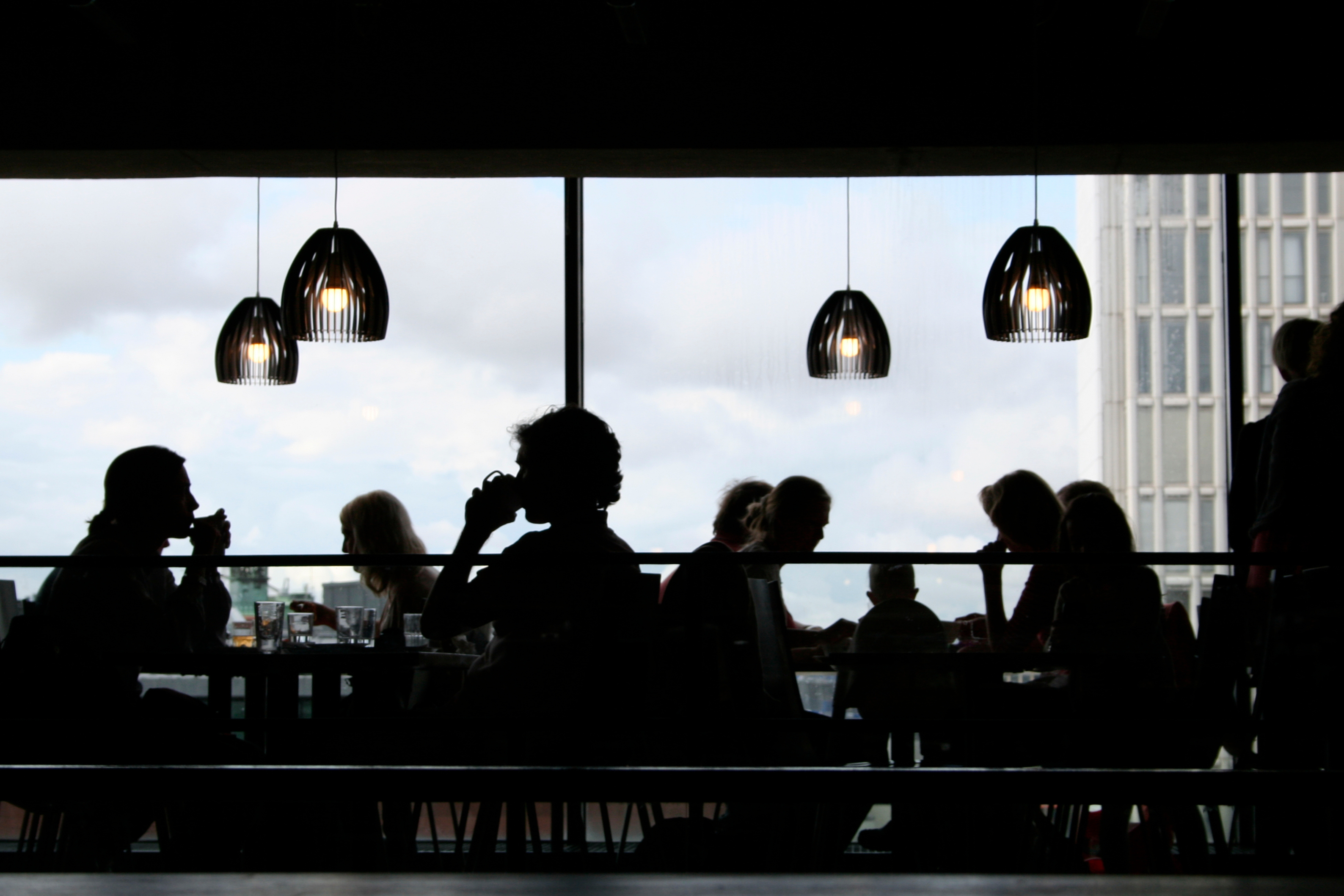 The Ambience of a Restaurant Controls What We Eat and Drink