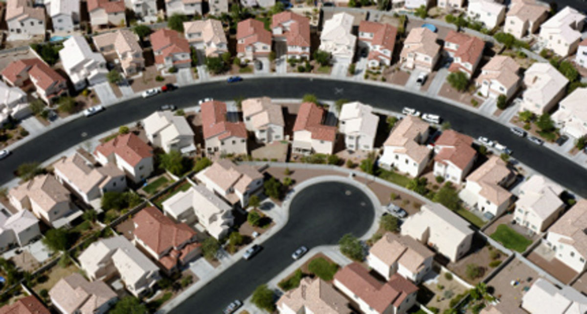 Growing Up In A Bad Neighborhood Does More Harm Than We >> Empowering Neighborhoods And Restoring Play A Modest Proposal