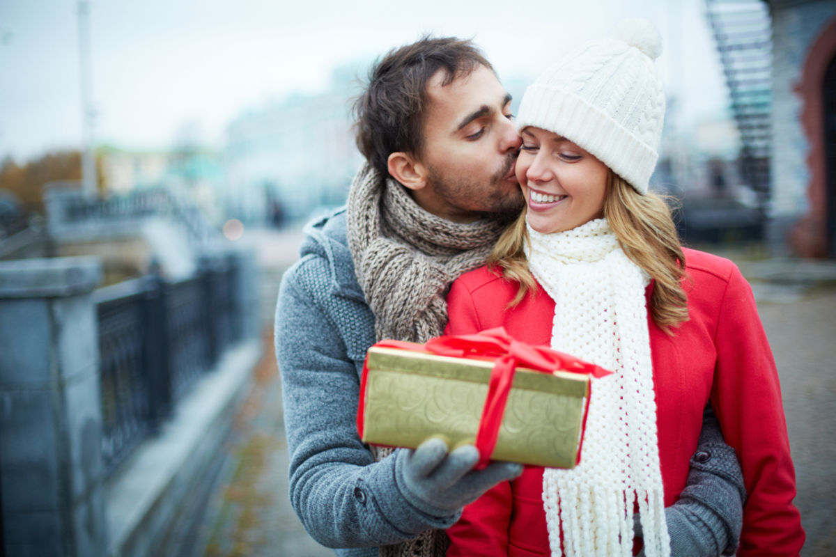 Things to do with girlfriend around christmas