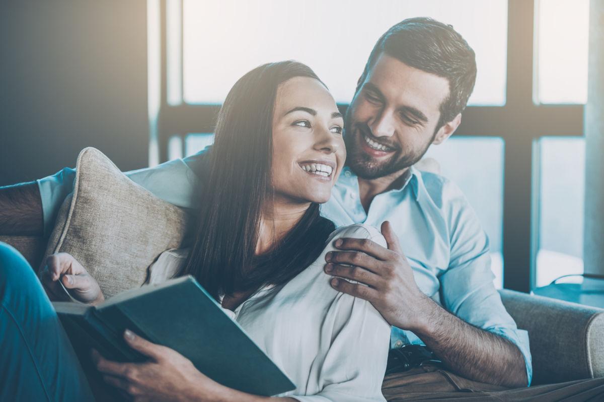 Coronavirus is icebreaker for online daters but meeting has