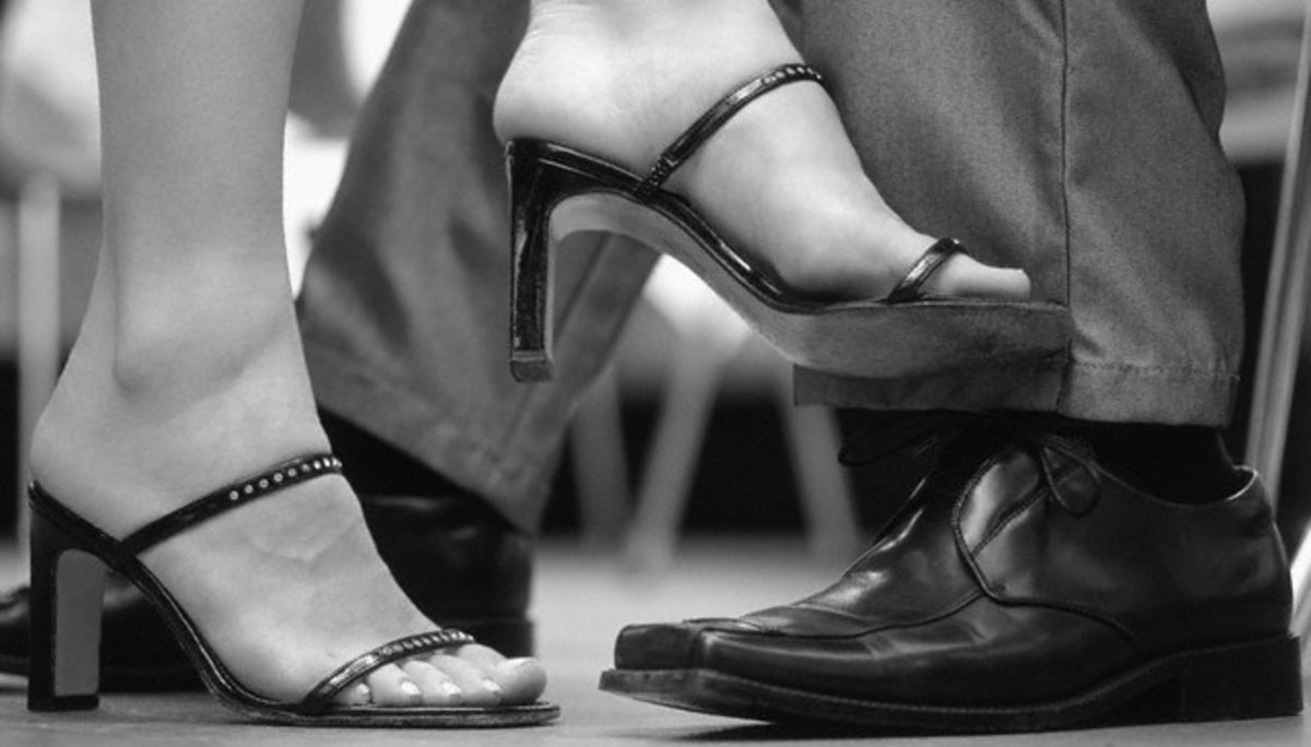 8 Ways Our Feet and Legs Reveal Our Emotions | Psychology Today