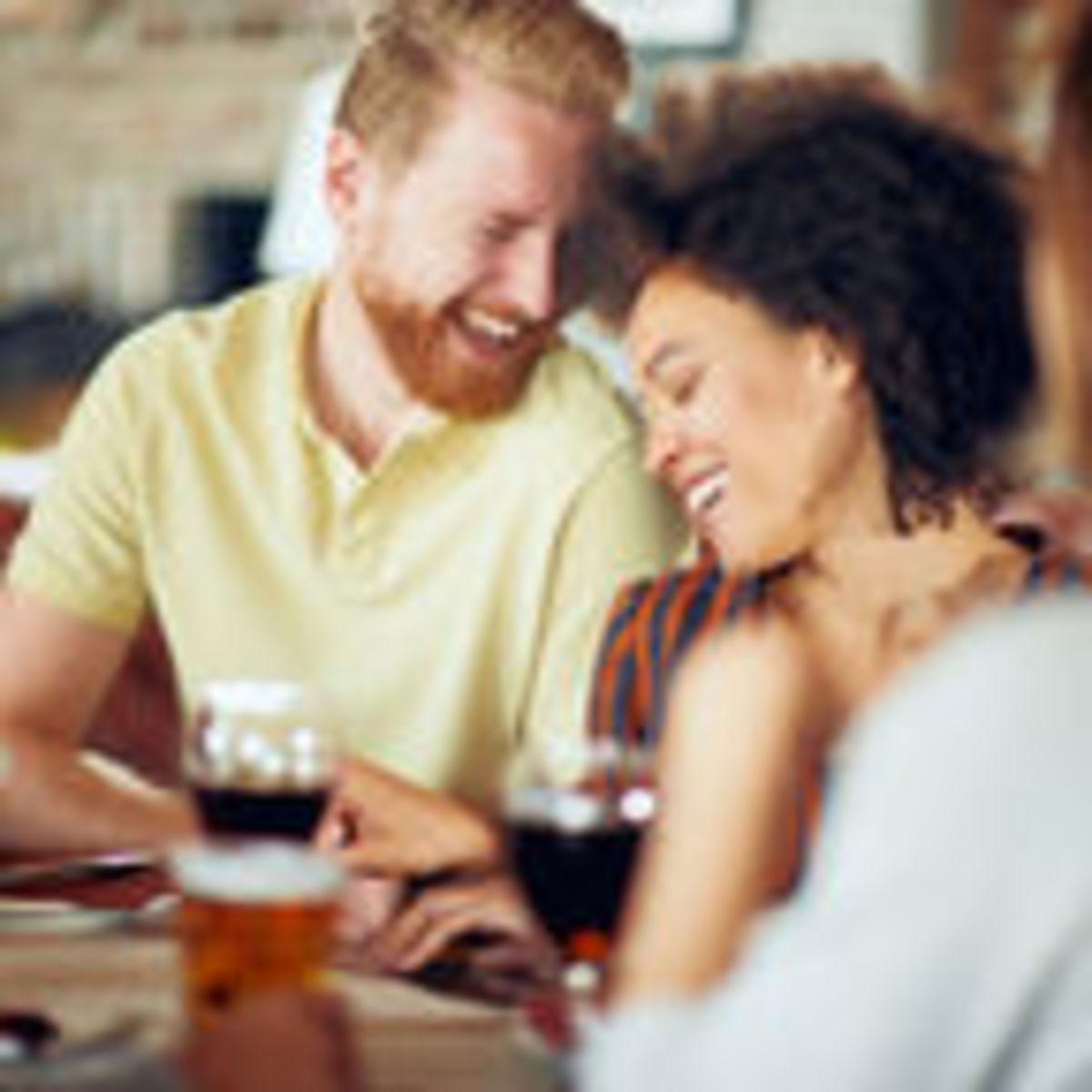 Online Chat & Dating in Drogheda   Meet Men & Women in