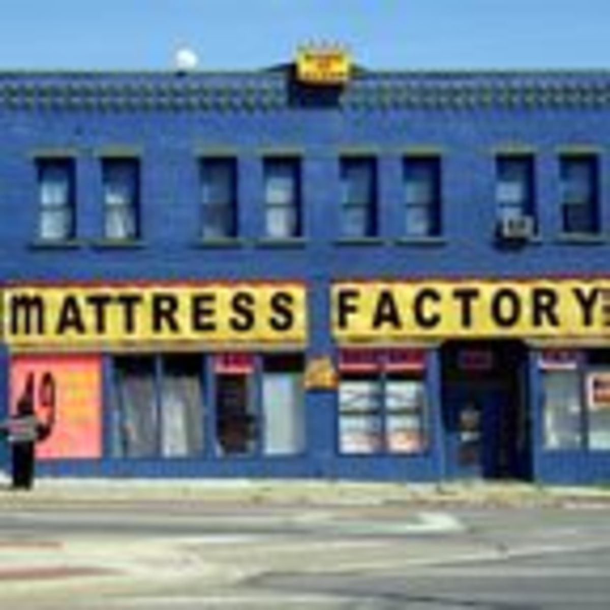 Why Are There So Many Mattress Stores in America