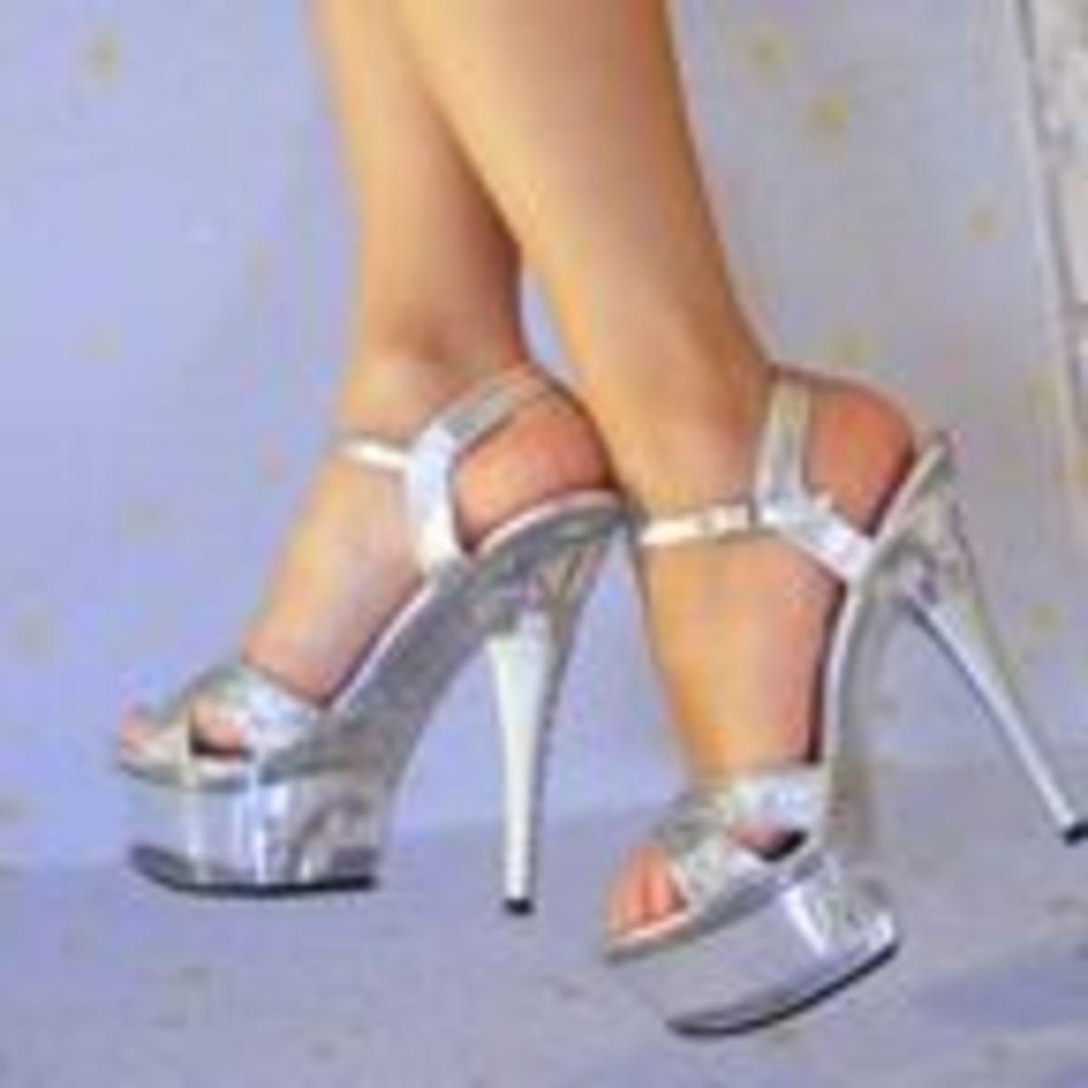 Sexy women fetish legs sandles