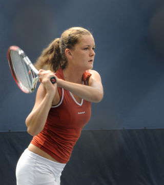 Agnieszka Radwańska at 2008 US Open by Charlie Cowins (CC BY 2.0)
