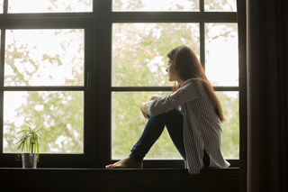 8 Signs You're Experiencing Emptiness