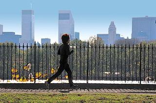 Jogging on a bright November morning/Ed Yourdon/Flickr