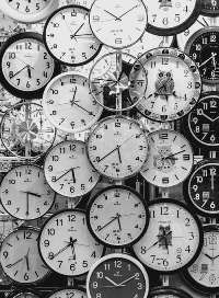 clock faces/pexels-photo-707676.jpeg