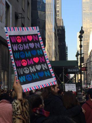 Source: Amanda Hirsch from Brooklyn, NY, USA - Women power, CC BY 2.0