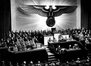 On Wikimedia Commons / Bundesarchiv, Bild 183-1987-0703-507 / Unbekannt / CC-BY-SA 3.0