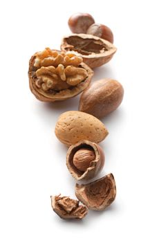 Image of walnuts and peanuts