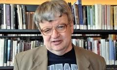 kim peek the real rainman Kim peek (1951 - 2009) was a megasavant who has read and memorized over 12,000 books he is also know as the real rain man after rain man (1988 movie.