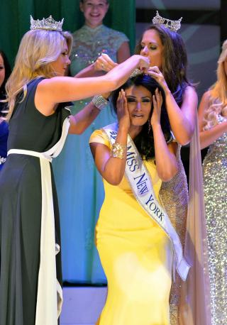 Nina Davaluri winning Miss America 2014 creates controversy