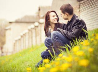 Nonsexual romantic relationship