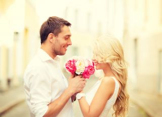 why do women like romance