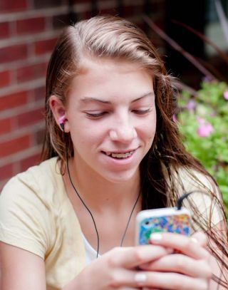 Advice: How do I keep my teen daughter safe on Snapchat? | Psychology Today