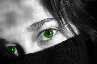 woman green eyes