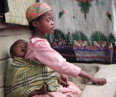 Malagasy sib caretaker