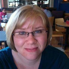 headshot of Dr. Mary Beth Asbury