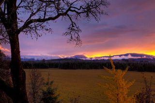 Sunset/Sandy Horvath-Dori/Wikimedia Commons