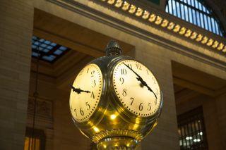 Grand Central Station clock by George Hodan, CC0, publicdomainpictures