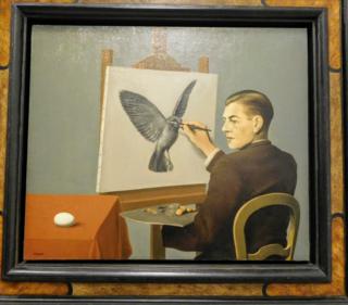 Photo of Magritte's La Clairvoyance/David G.