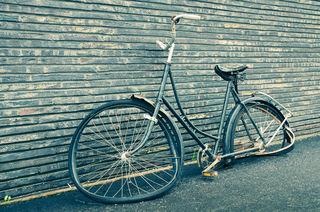 """""""Copenhagen broken bike""""/Jens Cramer/CC BY-NC-ND 2.0"""