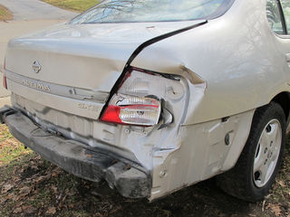Car After Being Rear Ended / Flickr