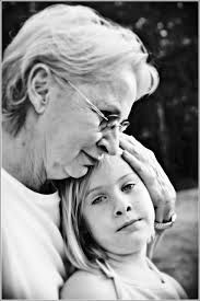 Grandmother and Grandaughter/ Flickr