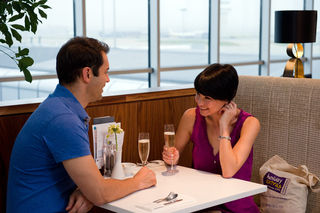 Gatwick . . . Romantic Couple / Flickr