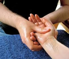 Hand massage, by Lubyanka, commons.wikimedia.org, Creative Commons