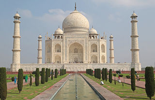 Taj Mahal by vil.sandi Flickr Licensed Under CC BY 2.0