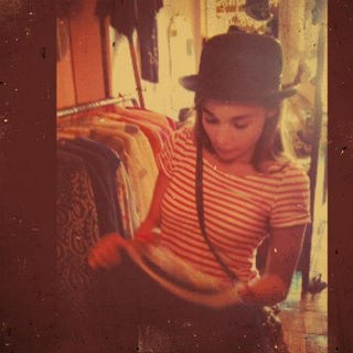 Vintage shopping by Yas A Flickr Licensed Under CC BY 2.0