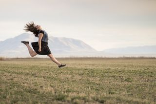 the secret to stepping outside your comfort zone psychology today