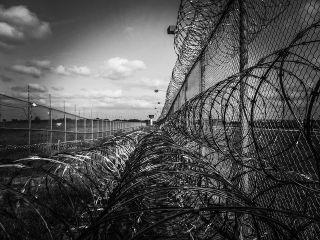 https://pixabay.com/en/prison-fence-razor-ribbon-wire-219264/