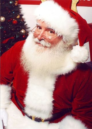 """Johnathan Meath as Santa Clause""/Jonathan Meath/CC BY-SA 2.5"