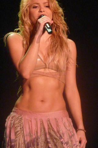 Shakira--Live Paris/Flickr
