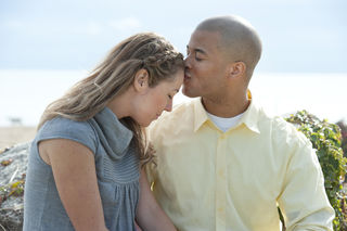 Difference between dating and a romantic relationship building