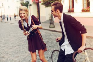 How to introverts succeed at dating