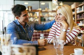Dating avoidant guy